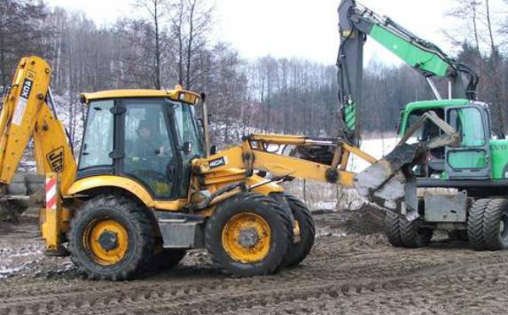 Roboty ziemne ipark maszynowy